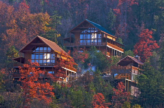 Gatlinburg luxury cabin rentals luxury cabins in the for Cabin rental smokey mountains